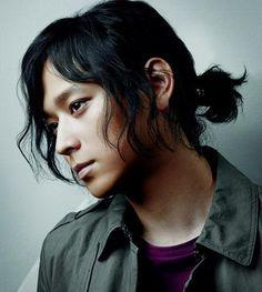 Japanese Man With Long Hair Tied Back Asian Long Hair Long Hair