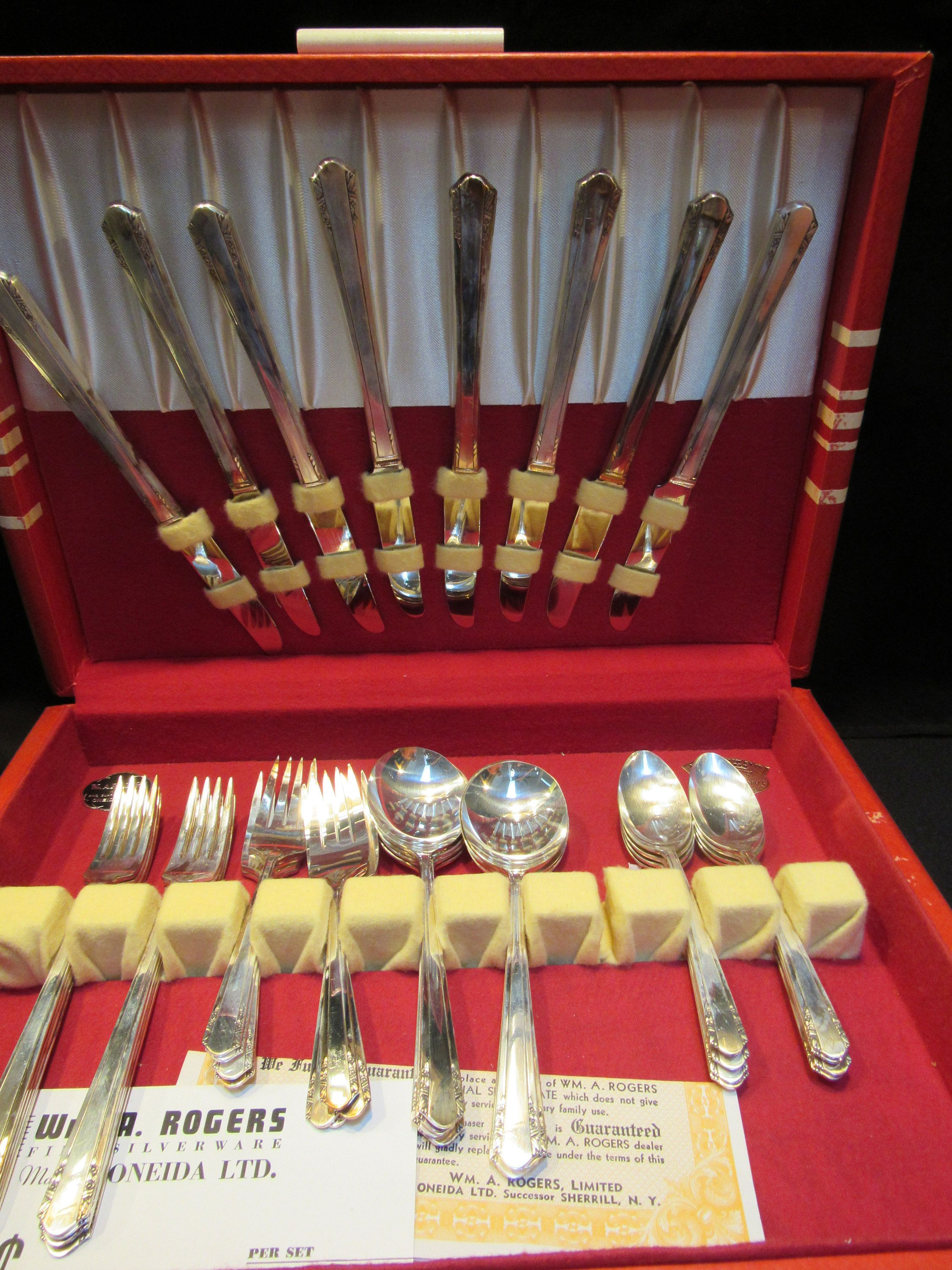 Vista Silverplate 1940 Wm A Rogers Sectional By Oneida Etsy In 2020 Oneida Silver Silverplate Flatware Silver Plate