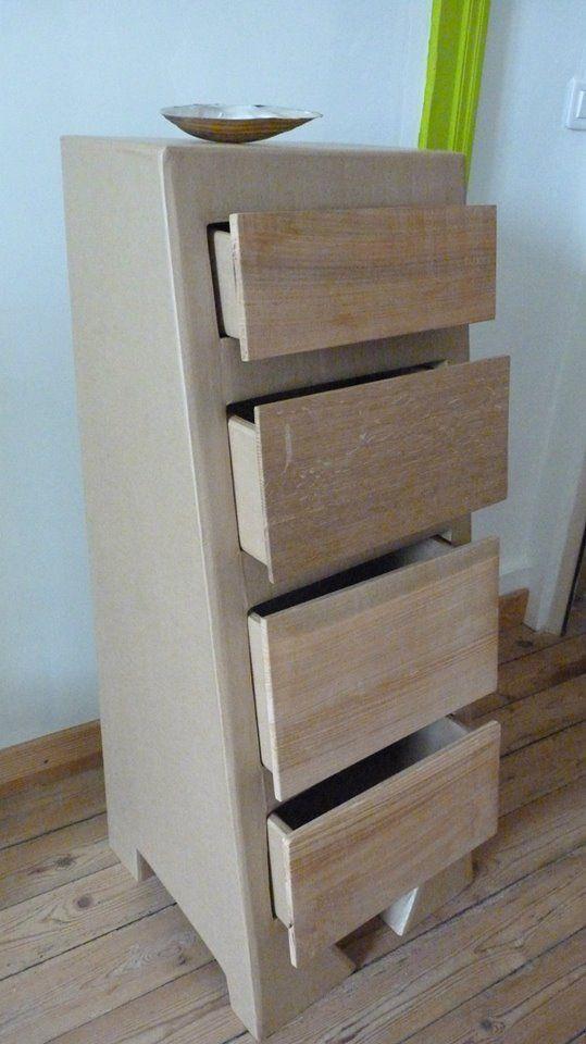commode en carton avec devant de tiroirs en bois naturel de diff rentes essences pour un rendu. Black Bedroom Furniture Sets. Home Design Ideas