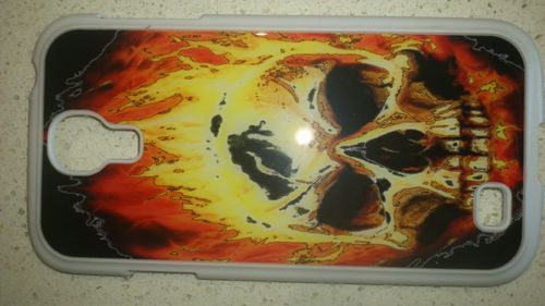 Samsung Galaxy S4 GT 19500 - Burning Skull Requiem - PC+Silicon Technology