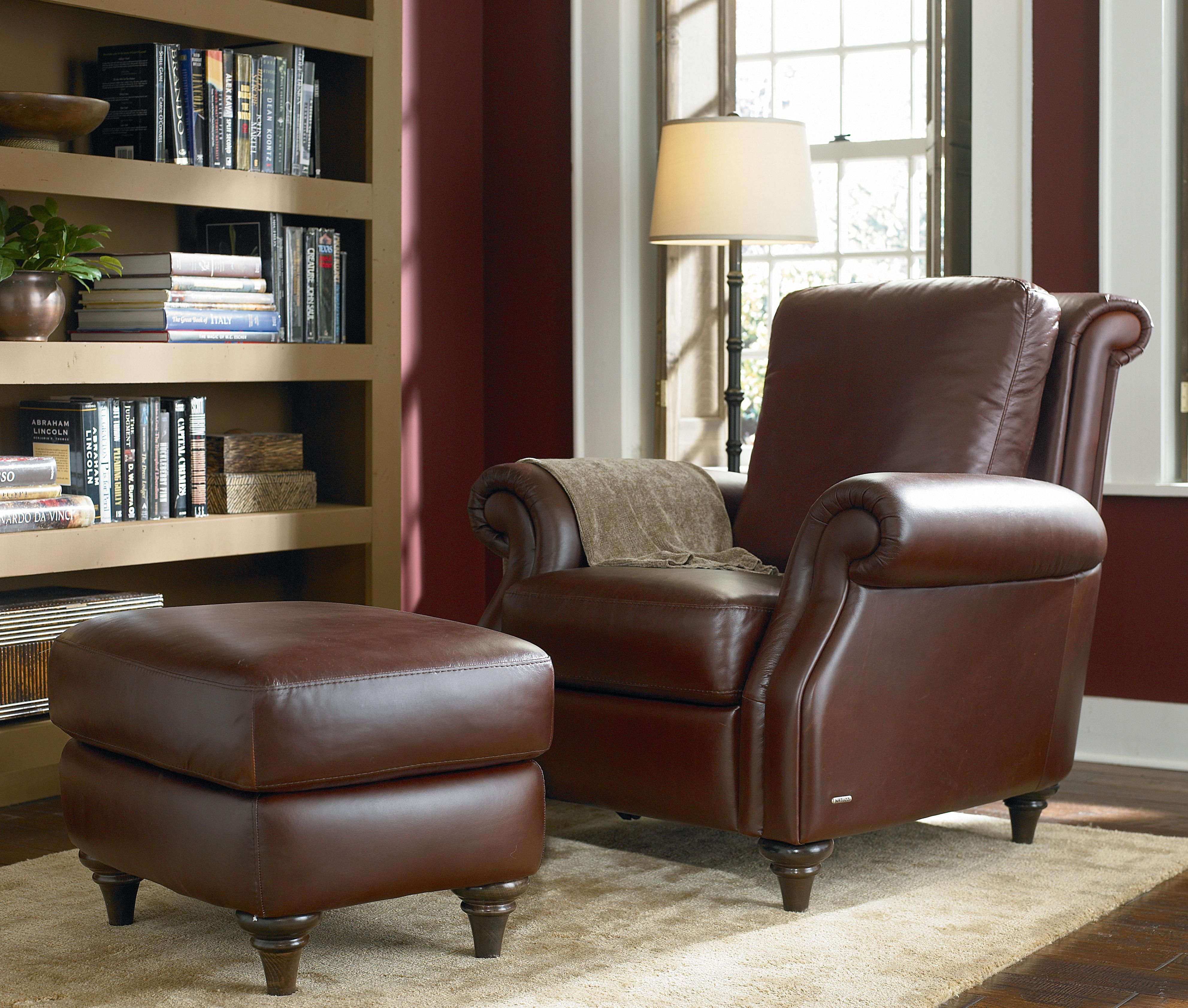 Ordinaire A297 Leather Recliner And Ottoman By Natuzzi Editions