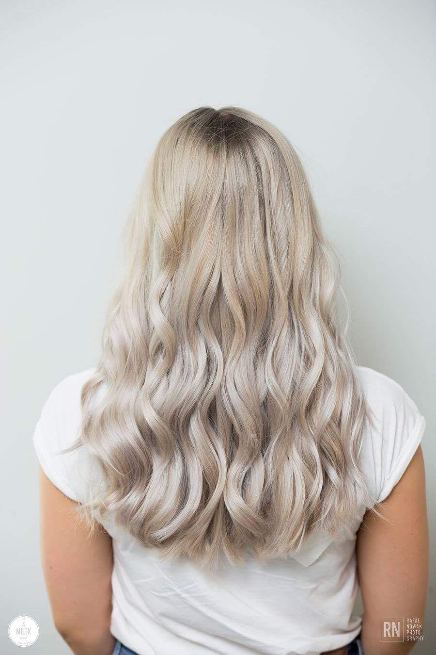Chłodny zimny blond w 2019