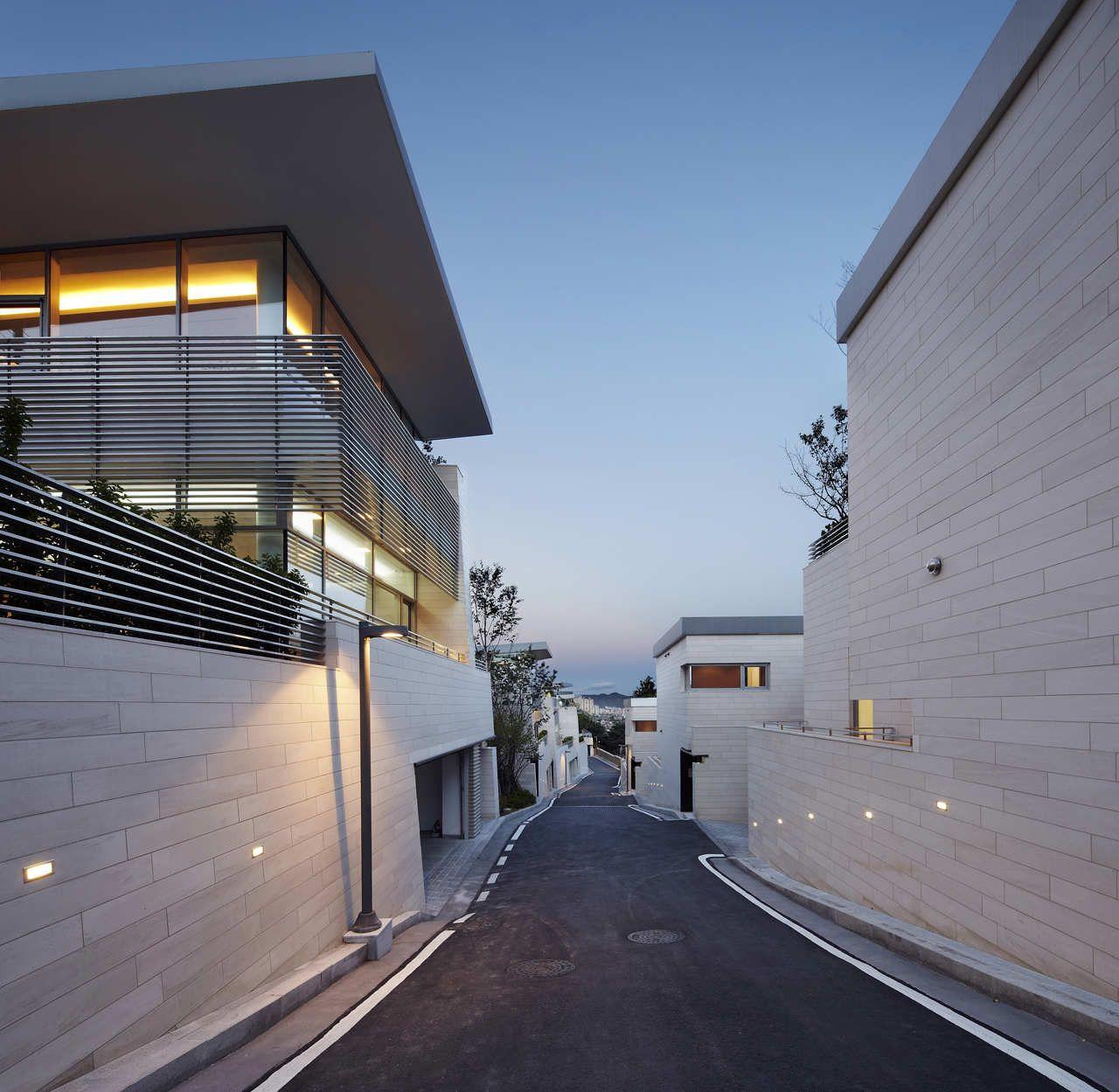 Korean House Gate Design