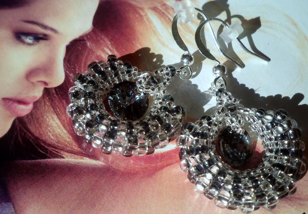 Monthly night would mary.f - SAShE.sk - Handmade Earrings