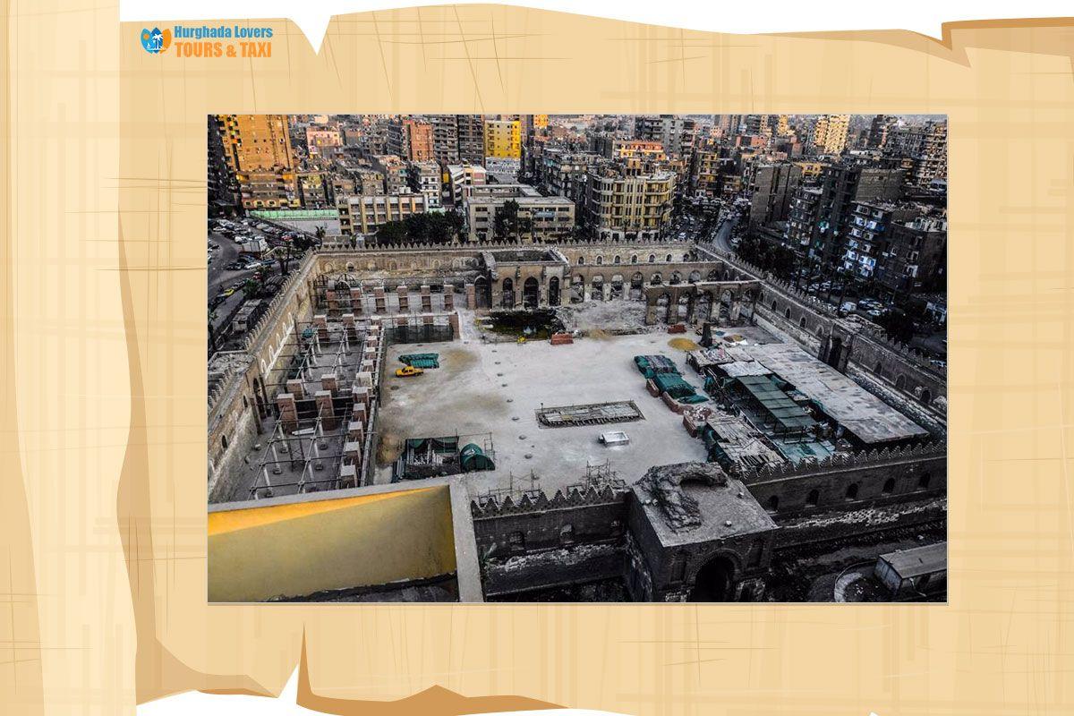 مسجد الظاهر بيبرس تاريخ بناء ضريح وقبة السلطان الاشرف بيبريس حاكم المماليك Egypt Travel Mosque Egypt