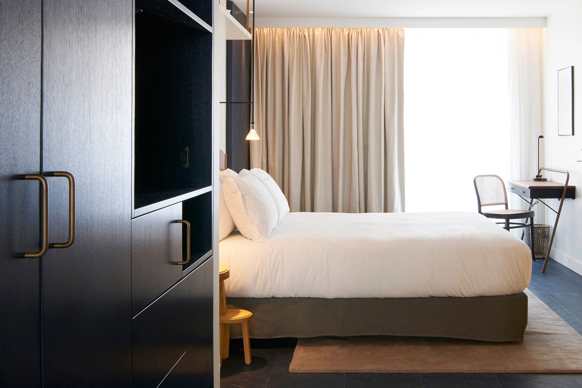 Boutique Made Paris Amastan Paris Is A New Kind Of Boutique Hotel Made To Work Just