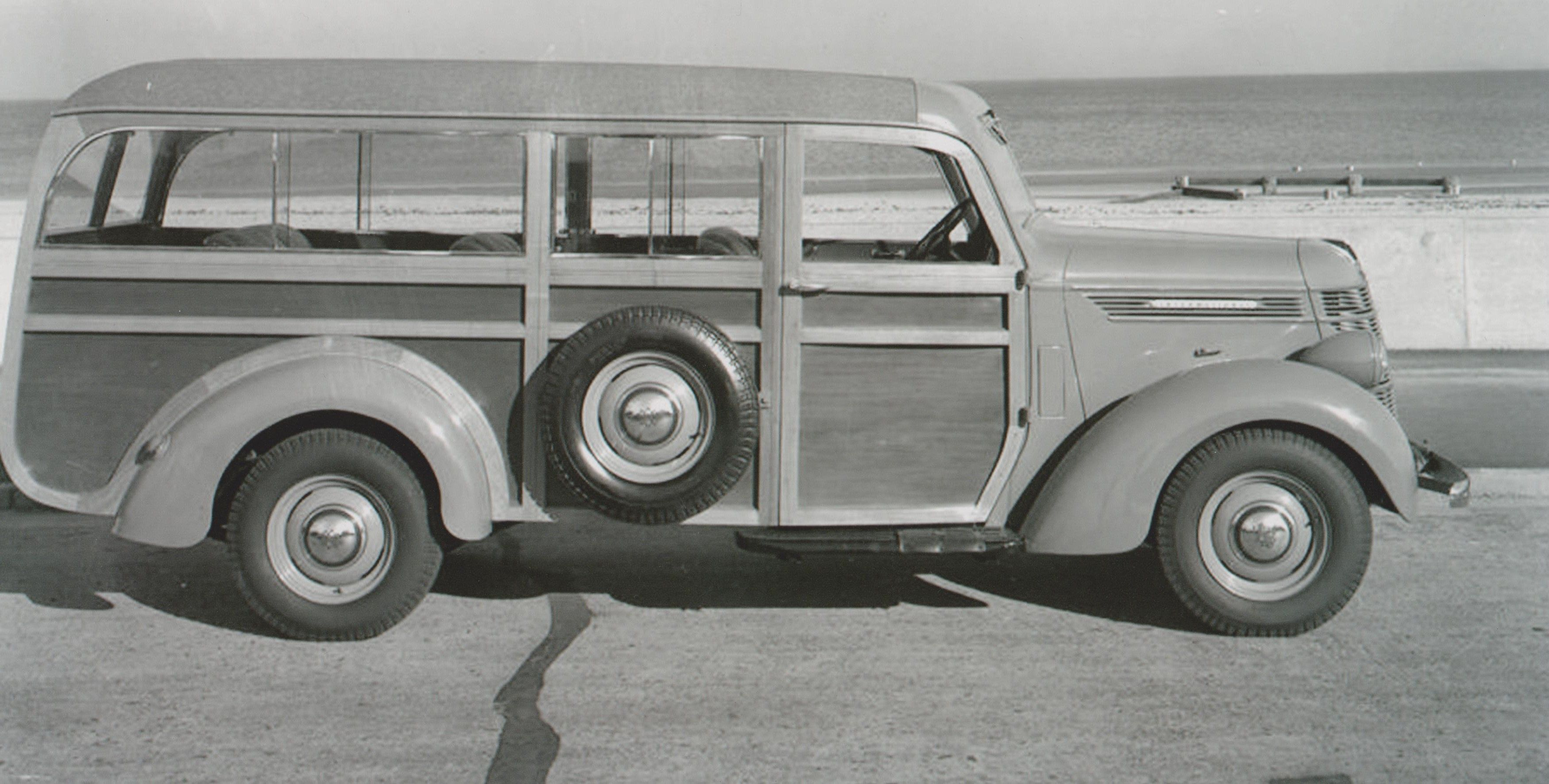 c1940 RHD International Woodie. Australian built ,masonite panels ...