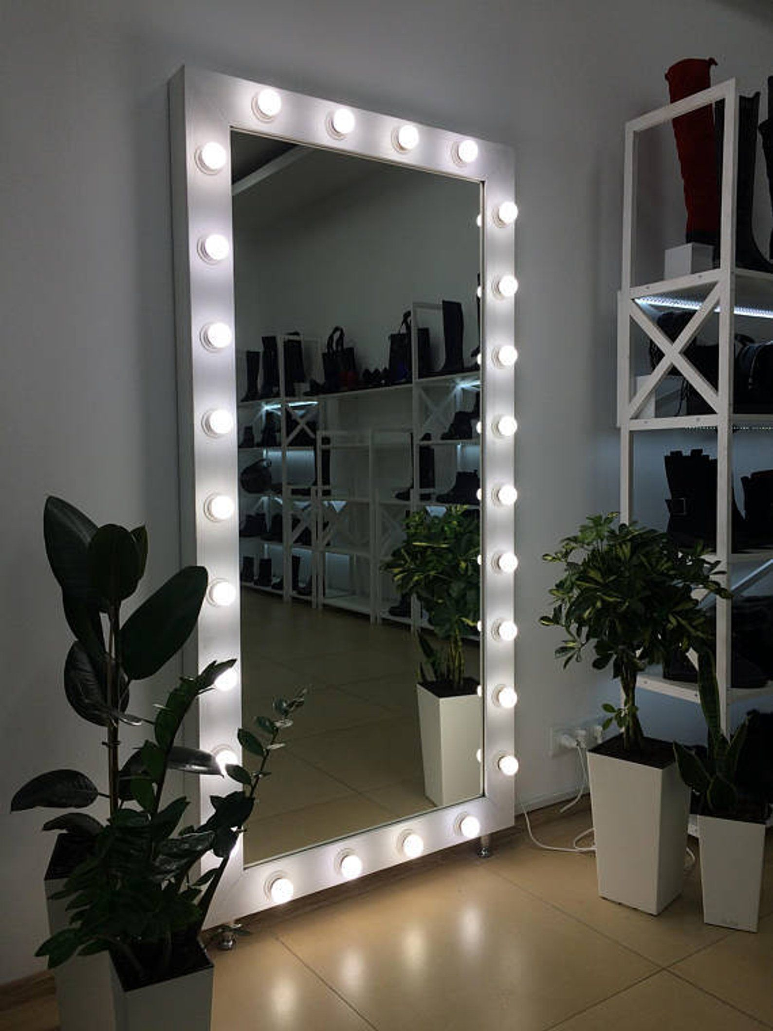 Showroom Mirror With Lights Mirror For Showroom With Lights Etsy Hollywood Mirror With Lights Beauty Room Room Inspiration