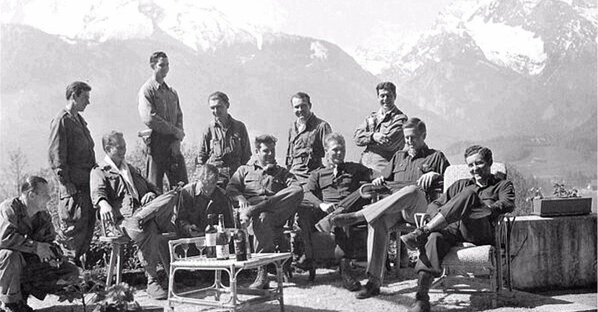 Exploring and Looting Hitlers House, The 101st Airborne at Berchtesgaden