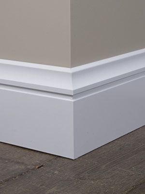 Luxe plinten pinteres for Modern baseboard molding styles