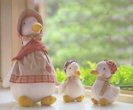 """""""Мама утка и утята"""" - текстильные игрушки. Выкройки (с ..."""