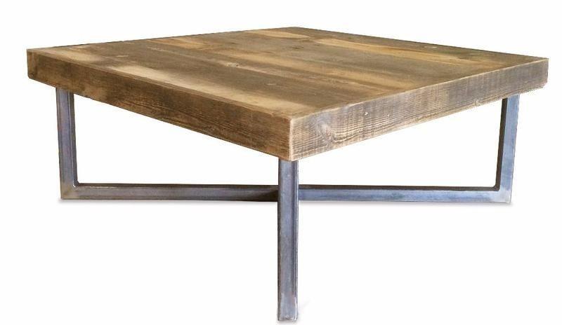 Couchtisch Aus Wiederverwendetem Holz Und Metall Zweistufig