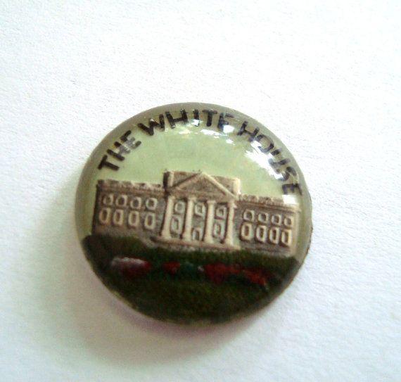 Cabochon di vetro vintage White House di LobeliaBidelia su Etsy, $25.00