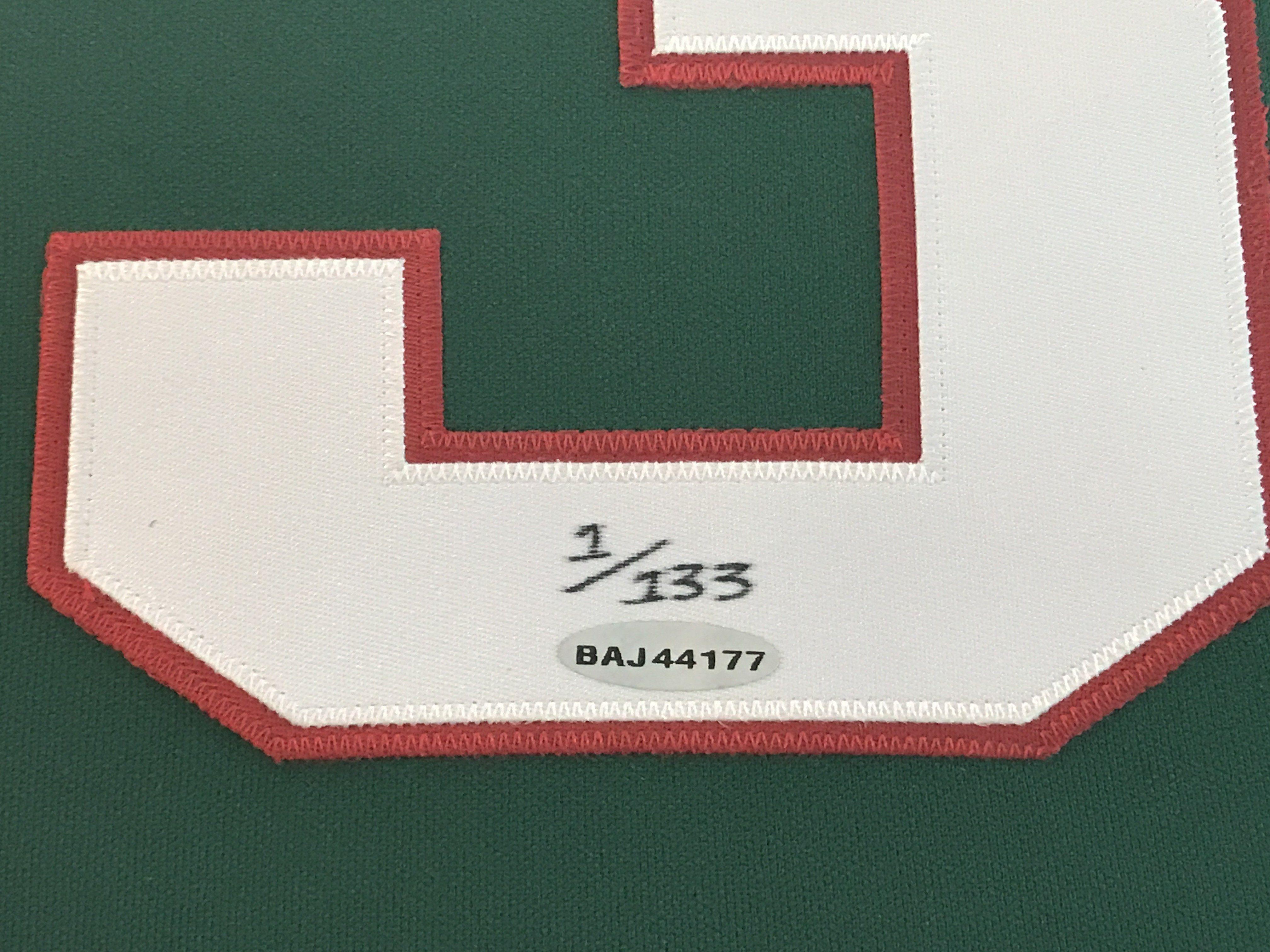on sale f1b40 262f1 Kareem Abdul Jabbar Signed Milwaukee Bucks Framed Jersey Uda ...