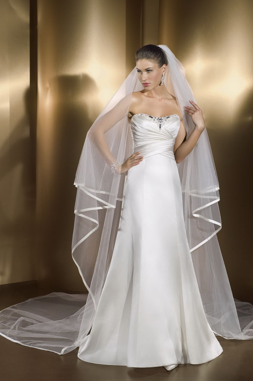 how to become a wedding dress designer