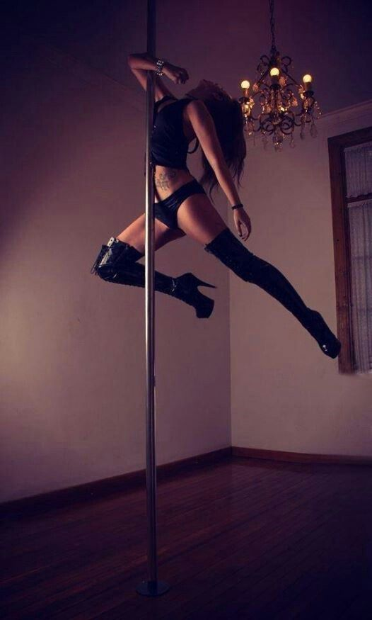 I Will Be Able To Hold Myself Up And High Like This One Day Pole Dancing Pole Dancing Fitness Pole Fitness