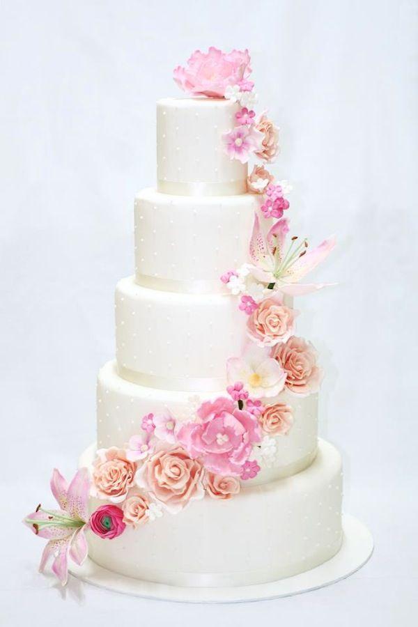 Букеты, как выкладывать каскадом цветы на торт
