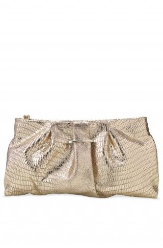 Our beautiful La Coco Clutch in gold luxurious genuine leather with customized shiny gold plated clover zipper pull. Each clutch is sorted by hand to ensure perfect texture in front and back. Signature Stella & Dot pin can be swapped out with any La Coco brooch. Each clutch has our signature clover lining, and comes in a Stella & Dot clover dust bag.