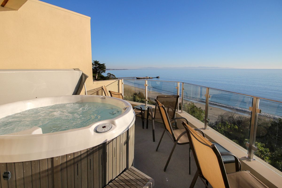Million Dollar Ocean View Beach House In Aptos This Is The Hot Top Located On Balcony Off Of Master Bedroom Place To Stay For A