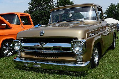 Gold 1957 Ford F100 Klassische Autos Coole Autos Autos