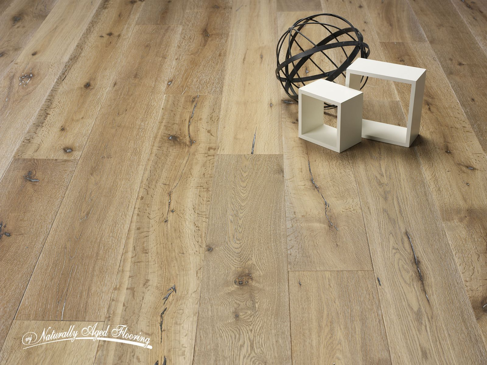 Naturally Aged Flooring Oak Medallion Collection Aspen Hills - Medallion flooring distributor