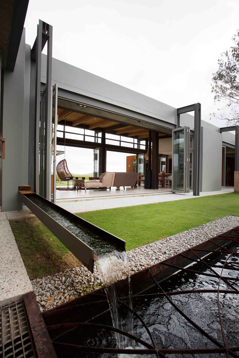 Warm in winter cold in summer modern sustainable home in for Landscape architects south africa