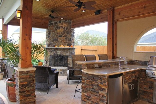 25 Amazing Outdoor Kitchens Fireplaces Design Ideas With Images Covered Outdoor Kitchens Outdoor Kitchen Kitchen Fireplace