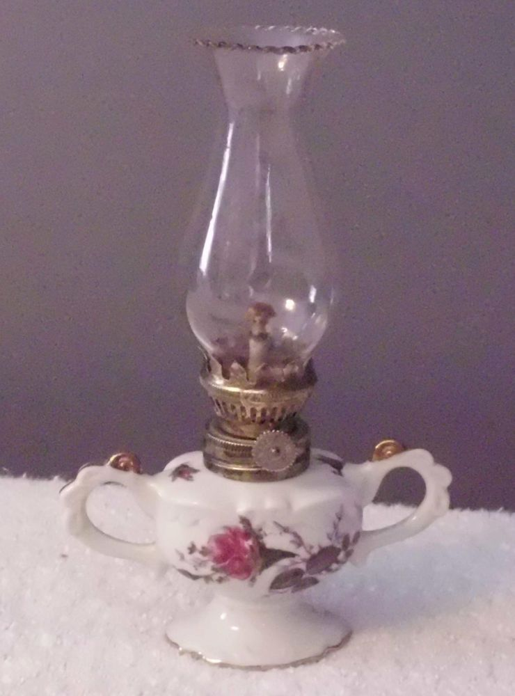 VINTAGE NIKONIKO CHIN MINI OIL LAMP MADE IN JAPAN