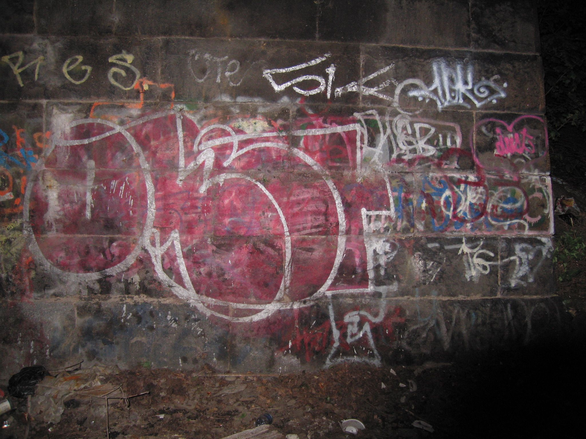 urbanartbomb #graffiti #bombing #graff #streetart - http://urbanartbomb.com/21902416/ -  - Urban Art Bomb