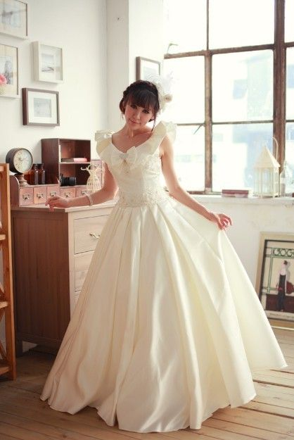 Satin with Embroidery Bateau Floor Length Ball Gown Style 1652