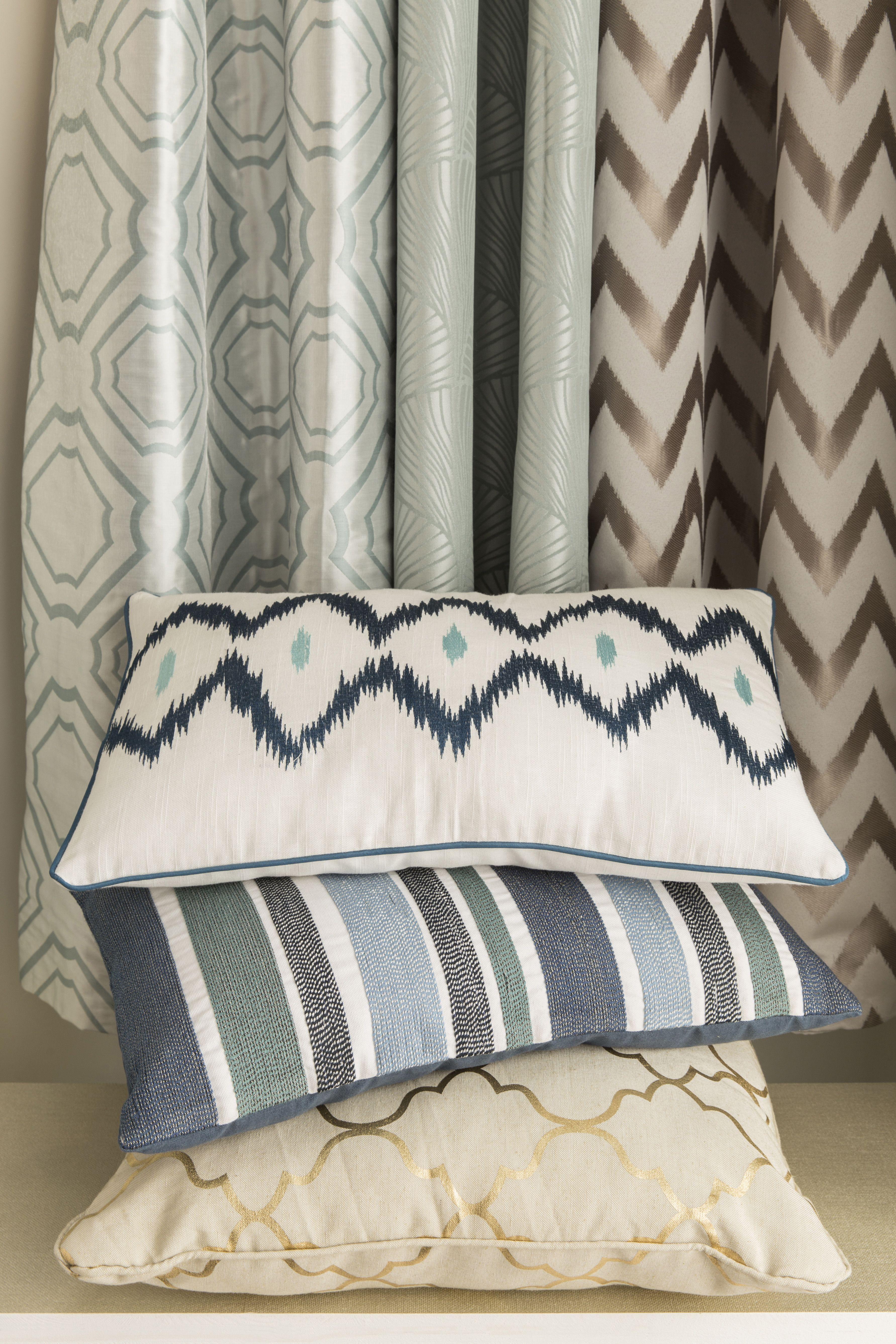 Leroy Merlin Teinture Textile des coussins tendances avec des motifs graphiques et teintes