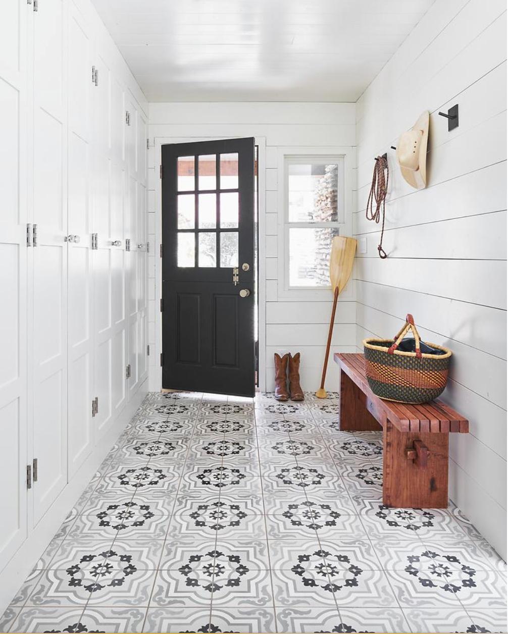 London Apothecary 8 X8 X5 8 Tile White Shiplap Wall Mudroom Flooring Flooring