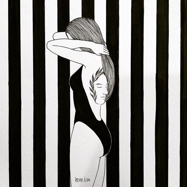 tatoo you / 너를 새기다 . . . #tatoo #face #swimsuit #stripes #타투 #수영복 #줄무늬