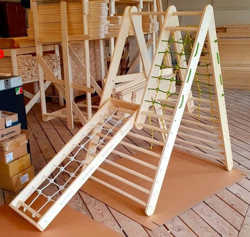 The gym for toddlers Step Triangle Climbing ladder for