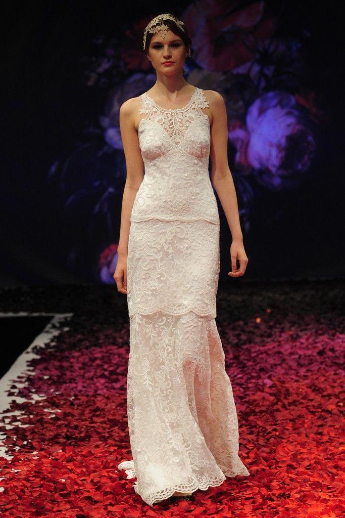 Aire romántico en los vestidos de novia de @Claire Pettibone ...
