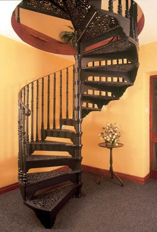 Best Victorian Cast Spiral Stairs With 3 Balusters Per Tread 400 x 300