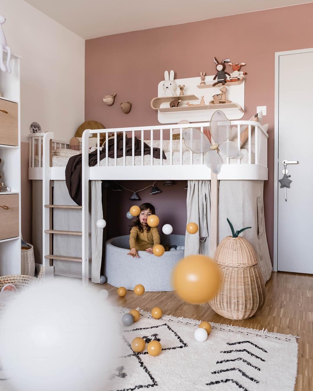 Kinderzimmer Madchenzimmer Spielzimmer Hochbett Ballebad