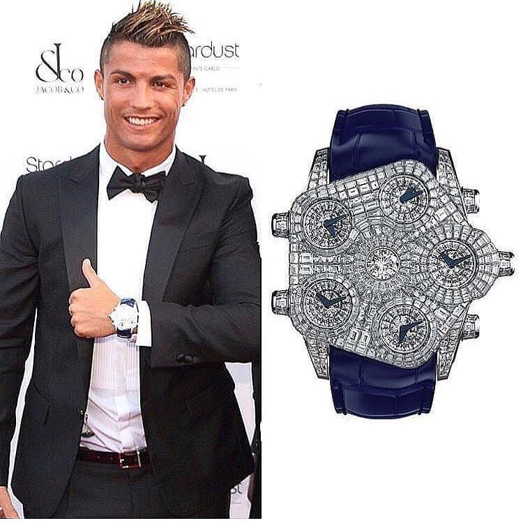 Ronaldo is wearing the €5.000.000 @jacobandco💎 Cheers Epicureans! 🥂  Thanks @ifuckinglovewatches for sharing! #jacobandco #cristiano #c… | 時計