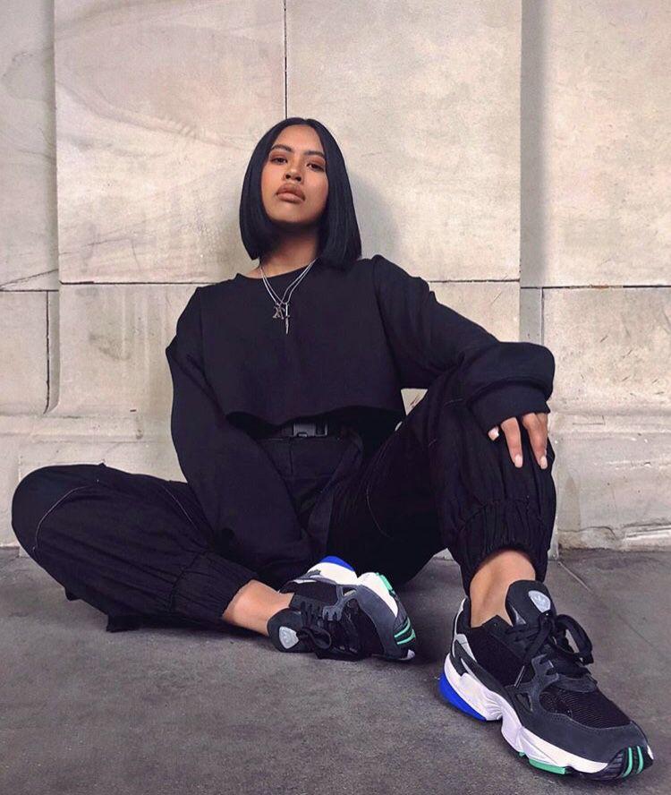 Street Style Black Woman: All Black, Women's Street Wear Fashion, Chunky Sneakers In
