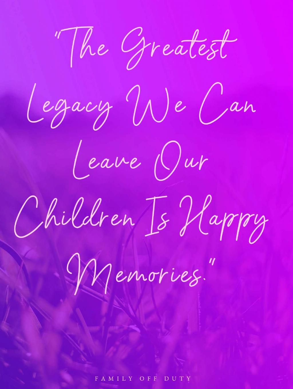 15 Family Photo Album Quotes Family Quotesjoke Com In 2020 Family Holiday Quotes Family Vacation Quotes Holiday Quotes