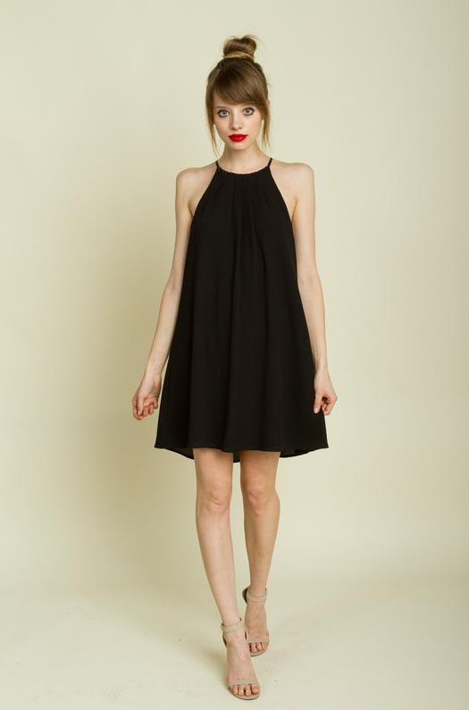 f670b7398607 quelles chaussures avec une robe noire 10 Meilleures tenues - chaussettes