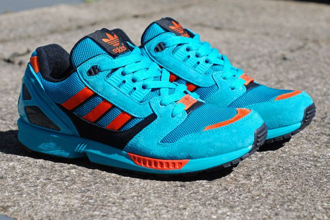 frecuencia Cuadrante Miedo a morir  adidas ZX 8000 Lab Green/Craft Orange ... adidas Originals always come  correct with the Torsion reissues. The ..… | Retro sneakers, Adidas zx 8000,  Classic sneakers