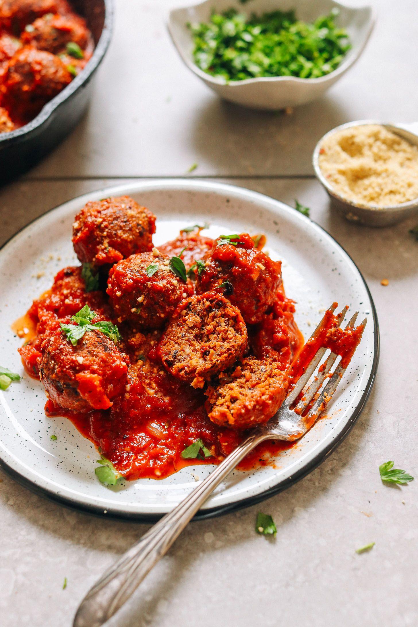 The Best Vegan Meatballs Minimalist Baker Recipes Recipe Vegan Dinners Vegan Meatballs Whole Food Recipes