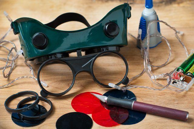 How To Make Cheap Thermal Goggles Techwalla Night Vision Goggles Diy Tech