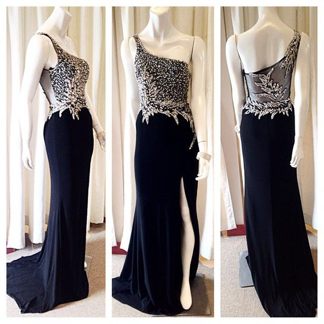 A one of a kind Mac Duggal dress! Only 2 available (1 white, 1 black) not available for re-order! Get it before it's gone!  Asiye's Boutique 757 Boston Post Rd Madison, CT 06443 203-245-1200 #asiyes #macduggal #sheerback #promdress #prom #prom15 #hoco