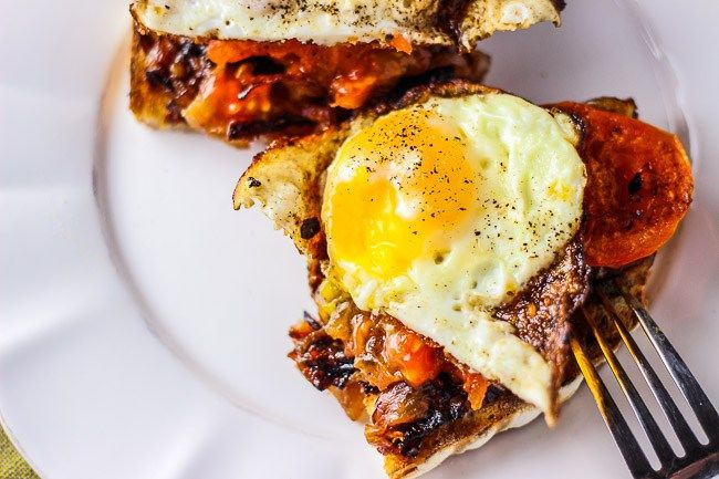 DF Fried Eggs with Charred Tomatoes and Caramelized Onions [Late Summer/Early Autumn]