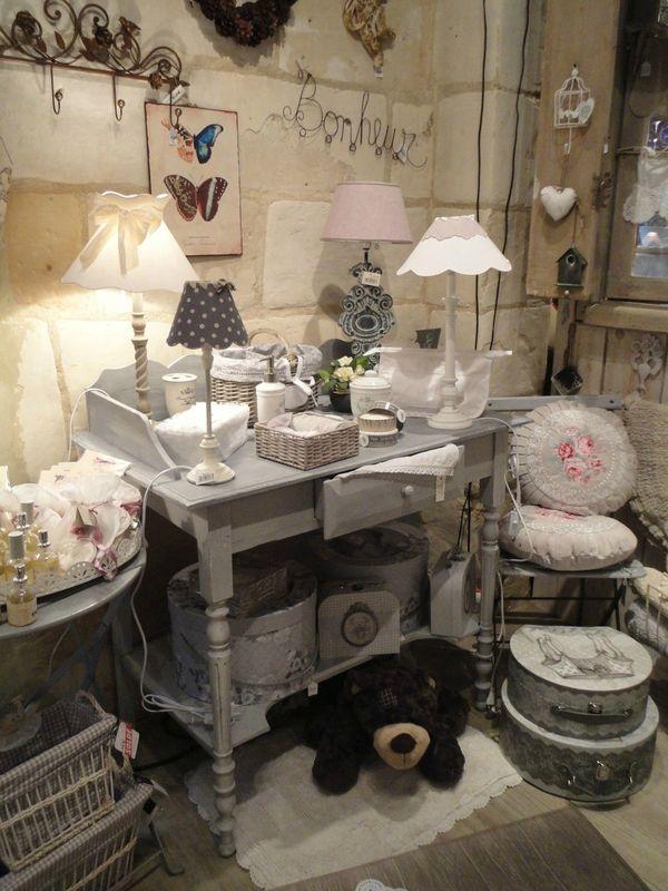 Peinture et patine sur des meubles anciens charme d 39 antan deco d co maison deco - Decoration de charme ...