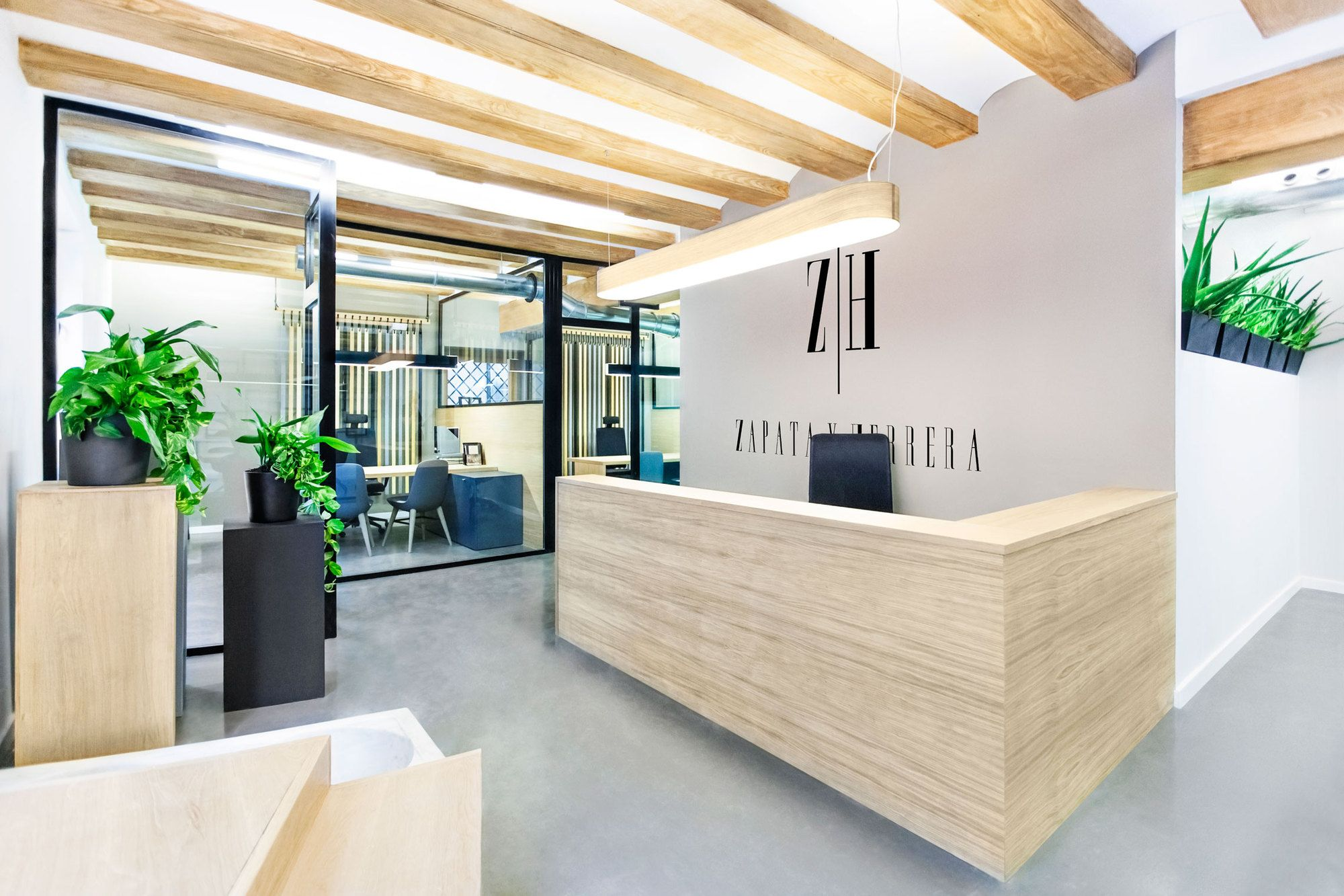 Zapata y Herrera lawyers' office | designed by Masquespacio | www.pinterest.com/seeyond/modern-office-interior-design/