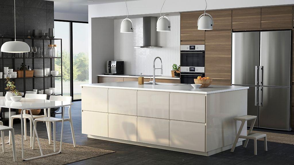 Kokerellen in een moderne oase van rust Keukens, Keuken