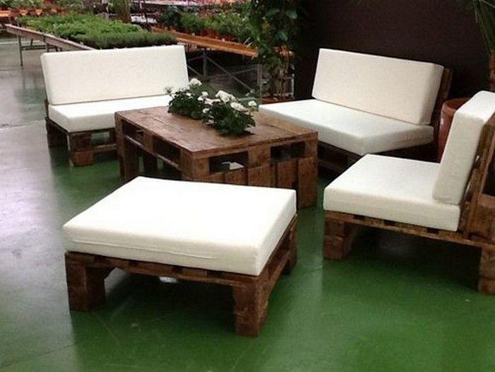 pallet outdoor furniture all things pallets treasures mine shims pinterest outdoor m bel. Black Bedroom Furniture Sets. Home Design Ideas